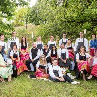 Schlemmerwirte-Weißes-Ross-Familie-und-Team